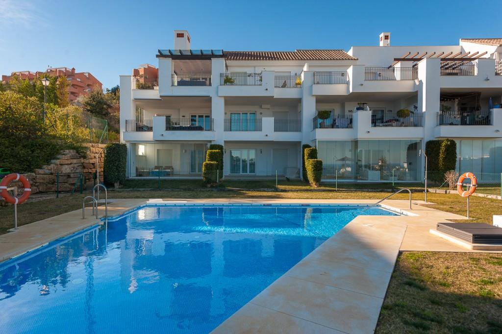 Apartment for sale in La Mairena - Marbella East Apartment - TMRO-R3074641