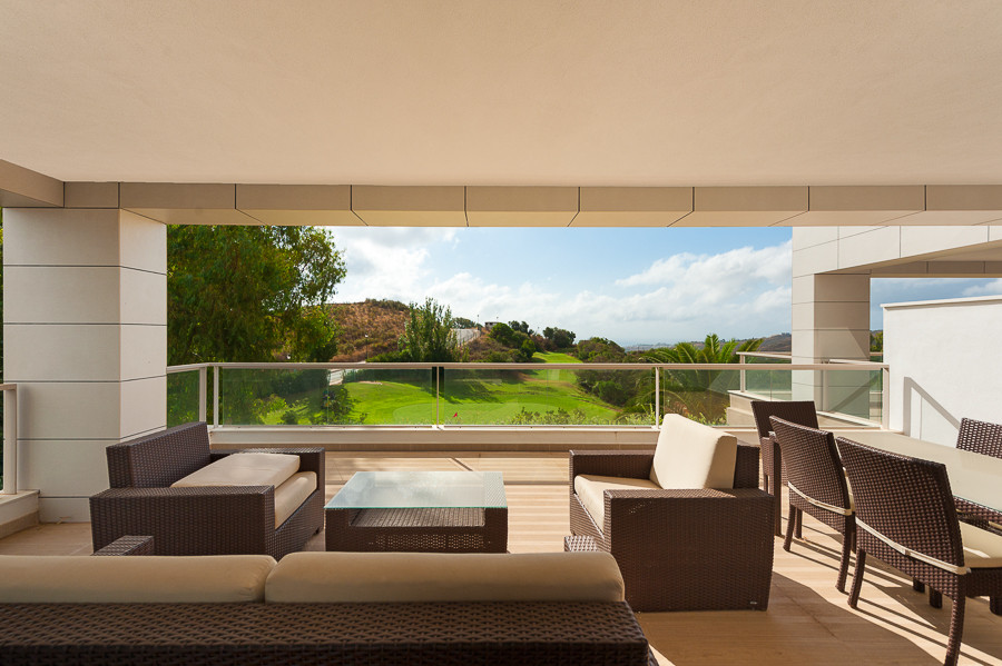 Originally listed for 465,000€, recently reduced to 425,000€. Brand new contemporary apartment recen,Spain
