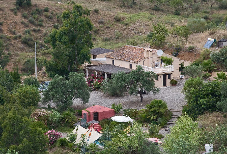Originally listed for €2,125,000 and recently reduced to €1,700,000. This property is spectacularly ,Spain