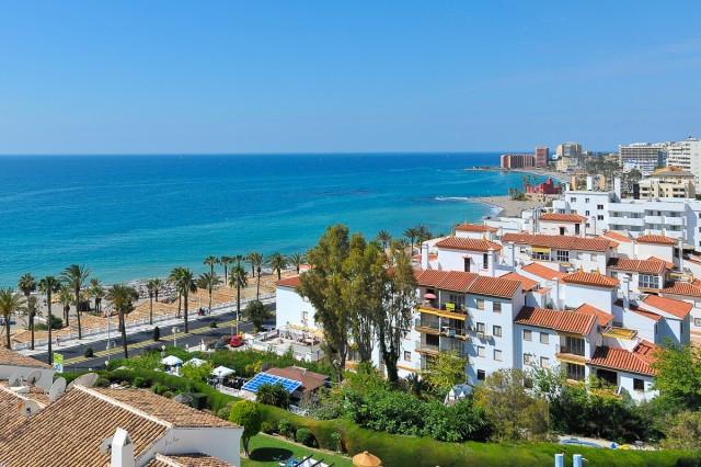 This charming and cozy two bedroom, 1 bathroom apartment boasts absolutely spectacular sea views fro, Spain