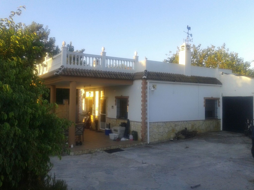 Originally listed at 347,000 € now reduced to 335,000 € Charming country home with stunning views of,Spain