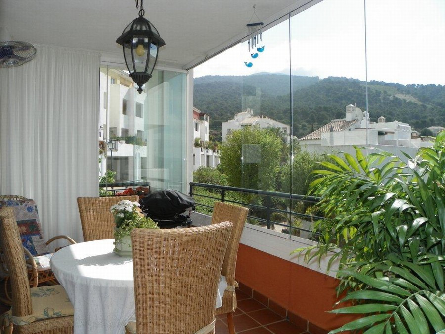 Originally listed for 250,000€, recently reduced to 225,000€.  This property is located in a well es,Spain