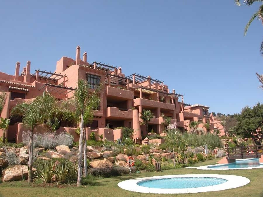 Originally listed for 599.995€ and recently reduced to 400,000€.  Fabulous duplex penthouse apartmen,Spain