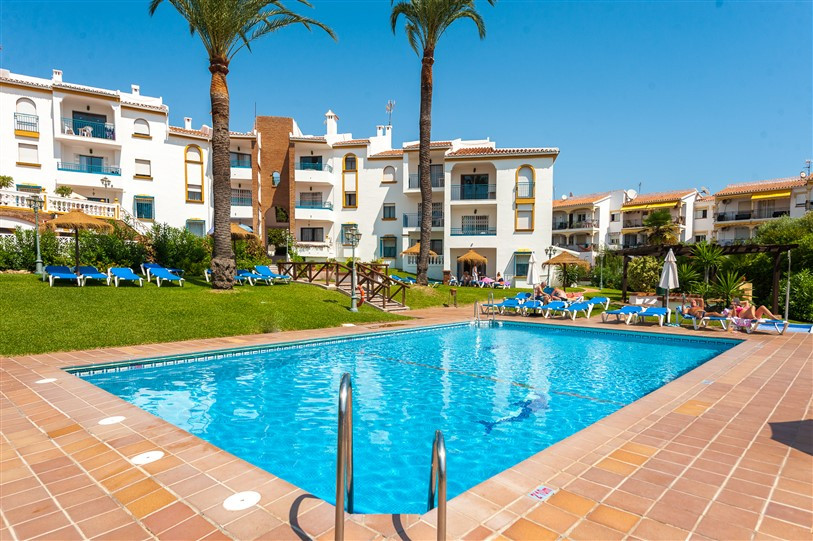 Key-ready and fully furnished apartments in Riviera del Sol.   Where better to enjoy the Costa del S,Spain