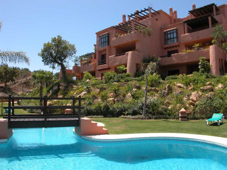 Apartment,  Urbanization,  Fitted Kitchen,  Parking: Garage,  Pool: Communal Pool,  Garden: Communit, Spain