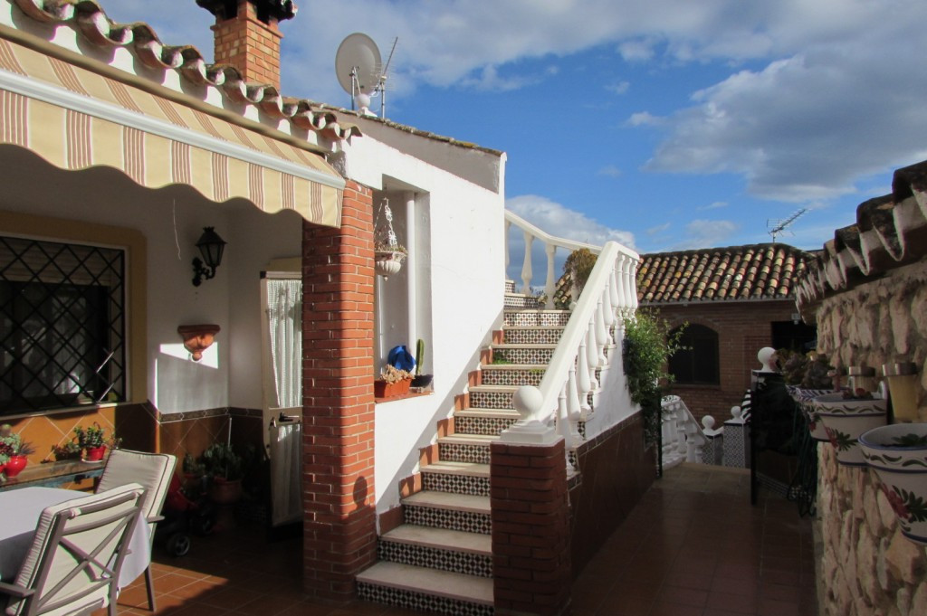 This property is divided over two levels that can be completely shut off from one another and used a, Spain
