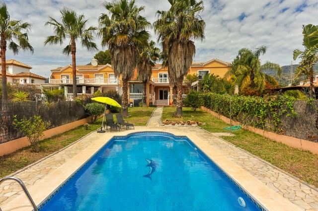 Villa – Chalet en venta en Marbella – R2653664