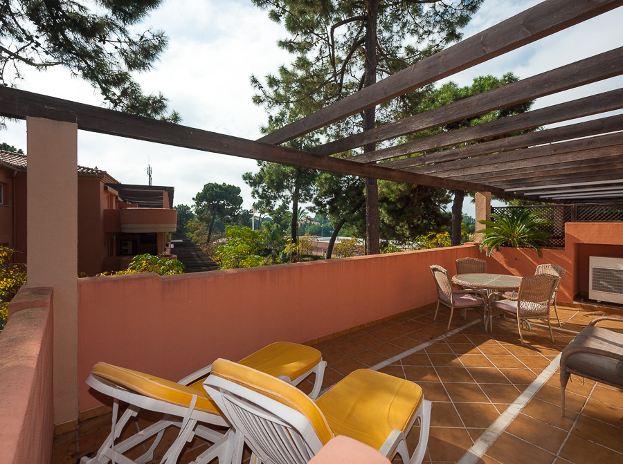Originally listed for 285,000€, recently reduced to 275,000€. Location is key with this property as ,Spain