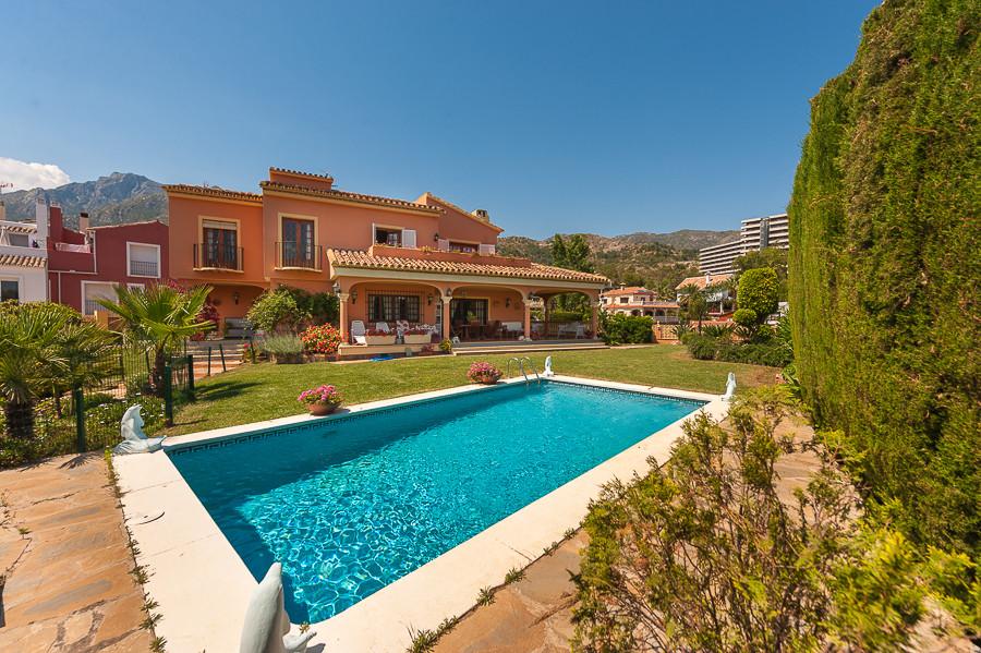 Marbella Banus Villa – Chalet en Venta en Marbella – R2439101