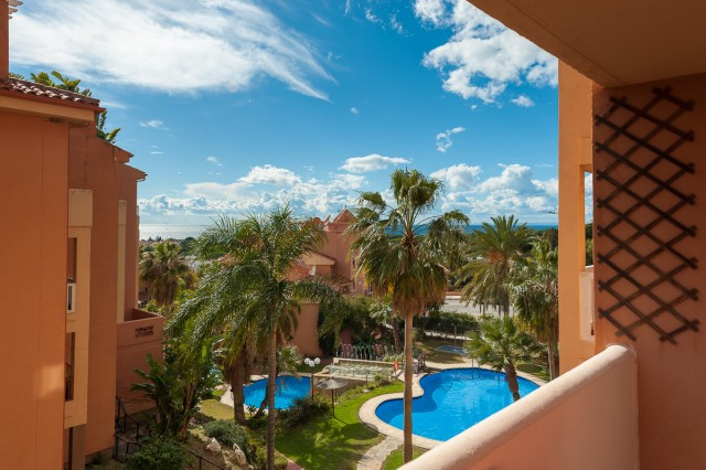 Located in the sought-after area of La Reserva de Marbella, close to the best sandy beaches of Marbe, Spain