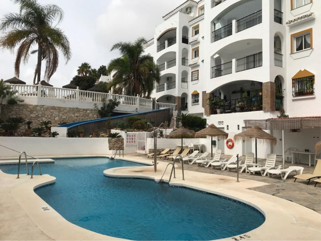 Marbella Banus Apartamento en Venta en Calahonda – R3513106