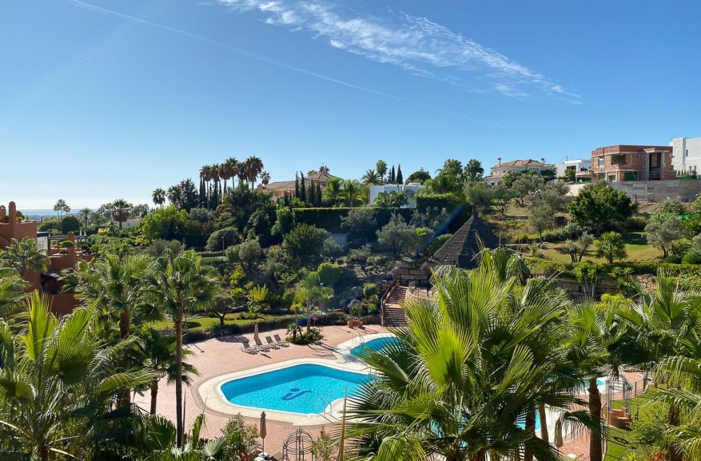 Marbella Banus Ático en Venta en Nueva Andalucía – R3529822