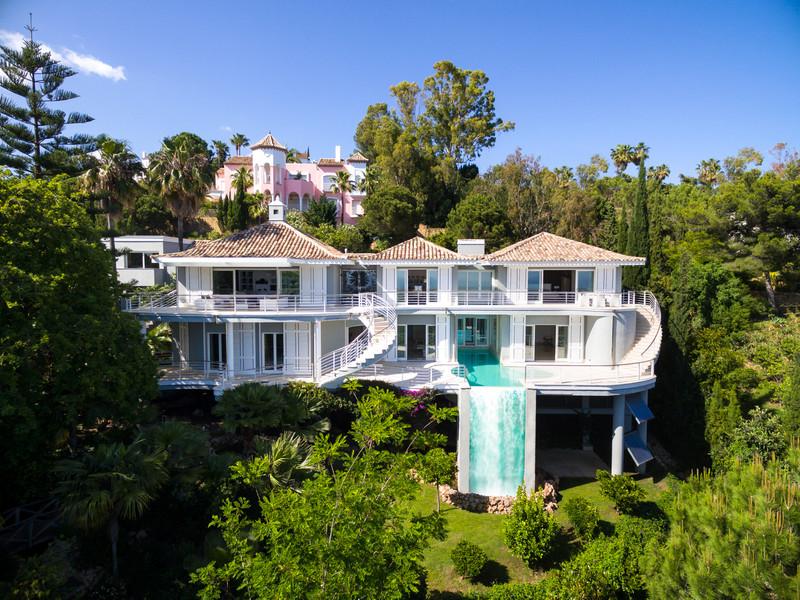 Detached Villa in El Madroñal for sale