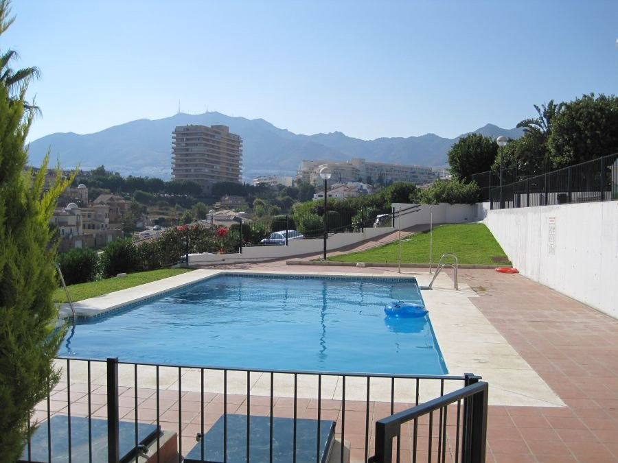 2 BEDROOM APARTMENT,BATH,TOILET 150M FROM THE BEACH,PERFECT FOR LETTING OUT.,Spain