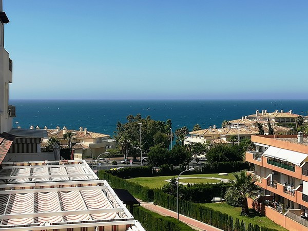 Beautiful 1bedroom apartment with a great terrace overlooking  the sea,the complex has also a covere,Spain