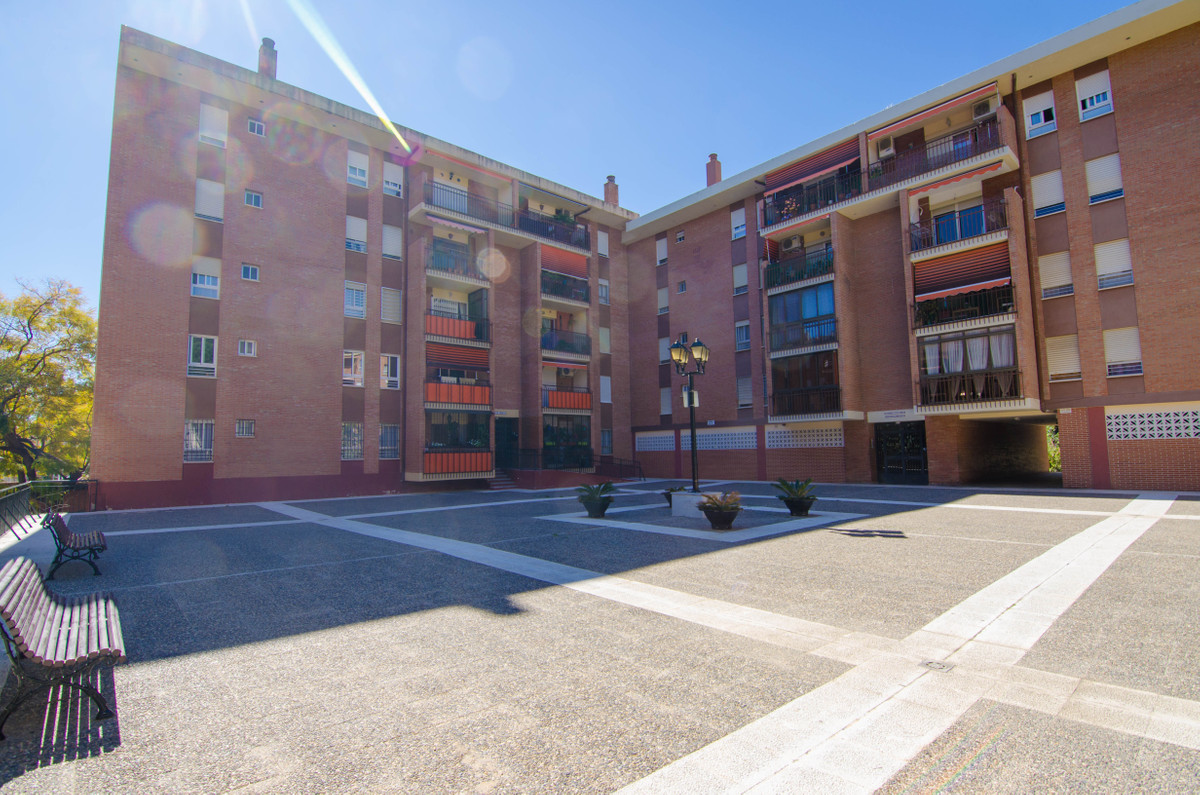 3 Bedroom Middle Floor Apartment For Sale Arroyo de la Miel