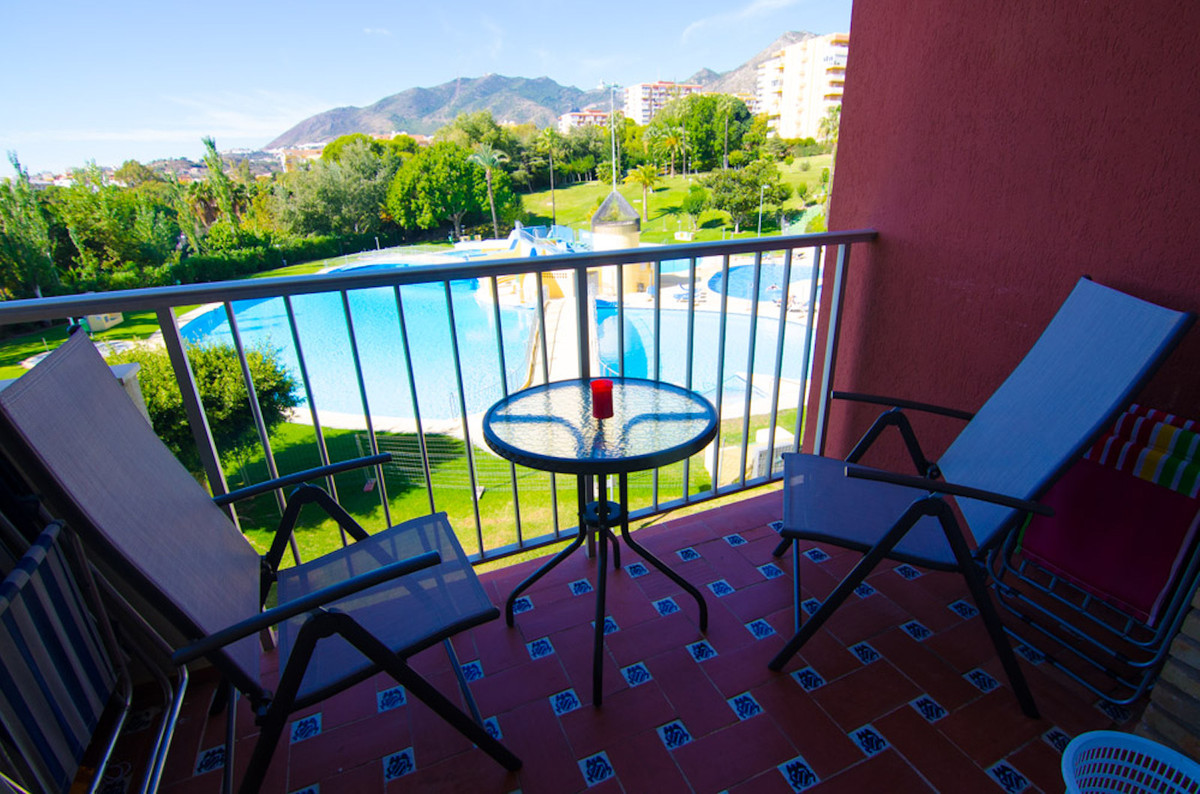 Beautifully refurbished studio apartment in a very nice complex,optimal for renting!!,Spain