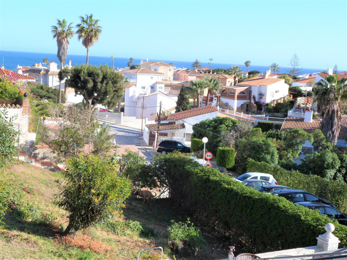 Villa with fantastic sea views and walking distance to the beach and amenities.  The villa consists ,Spain