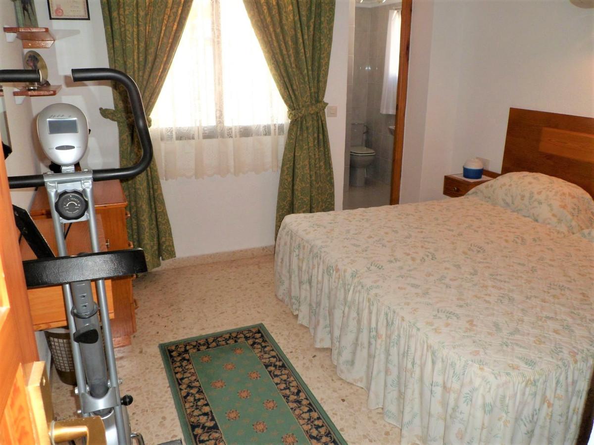 Villa con 2 Dormitorios en Venta Cerros del Aguila
