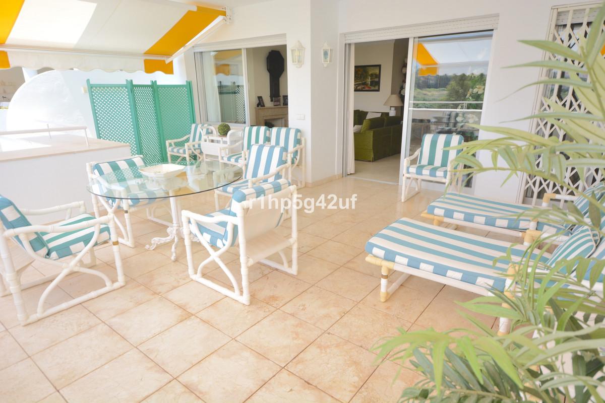 Marbella Banus Apartamento Planta Media en Venta en Guadalmina Alta – R3664910