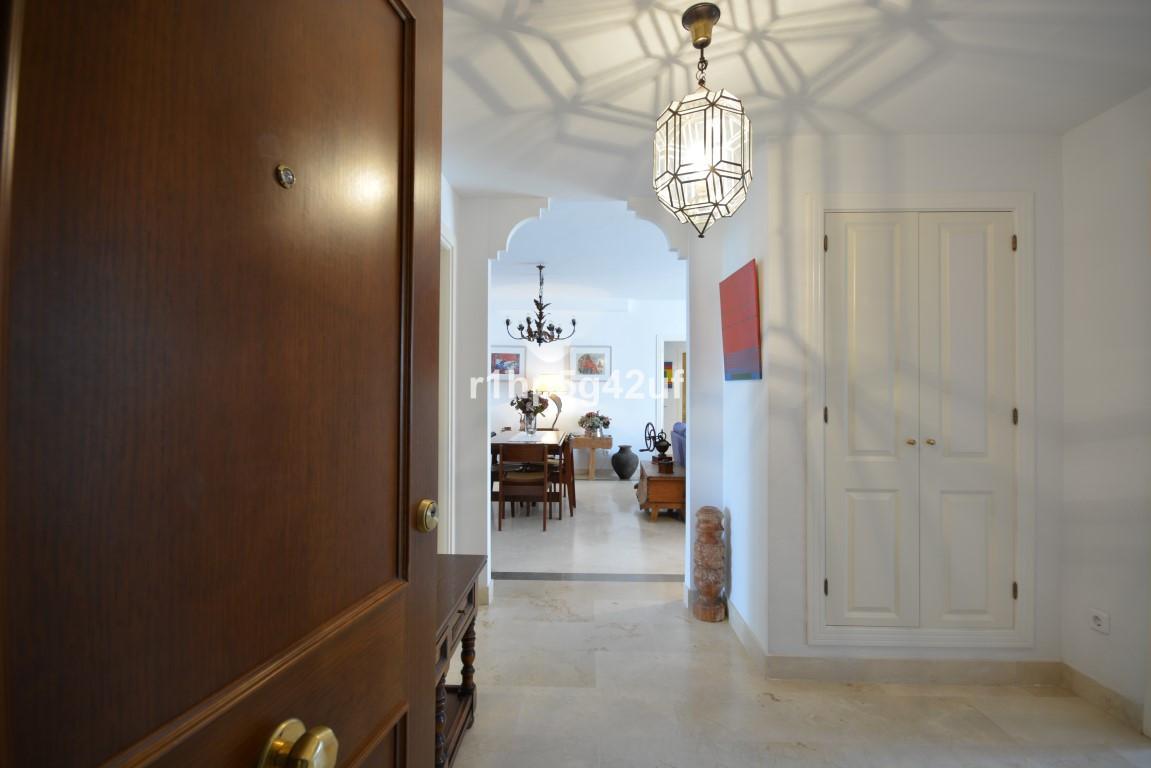 Lägenhet på mellanplan i El Presidente R2638313