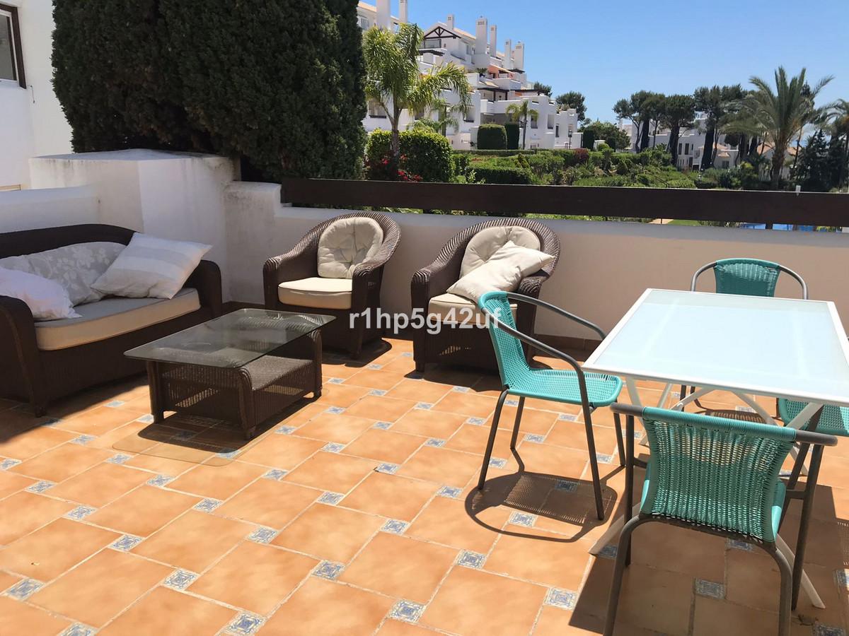 Marbella Banus Apartamento Planta Media en Venta en Los Monteros – R3221071