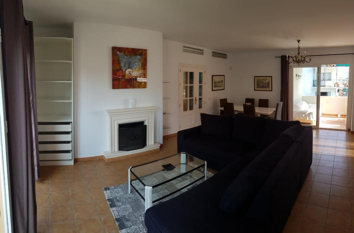 Apartamento en Venta en Marbella – R3674801