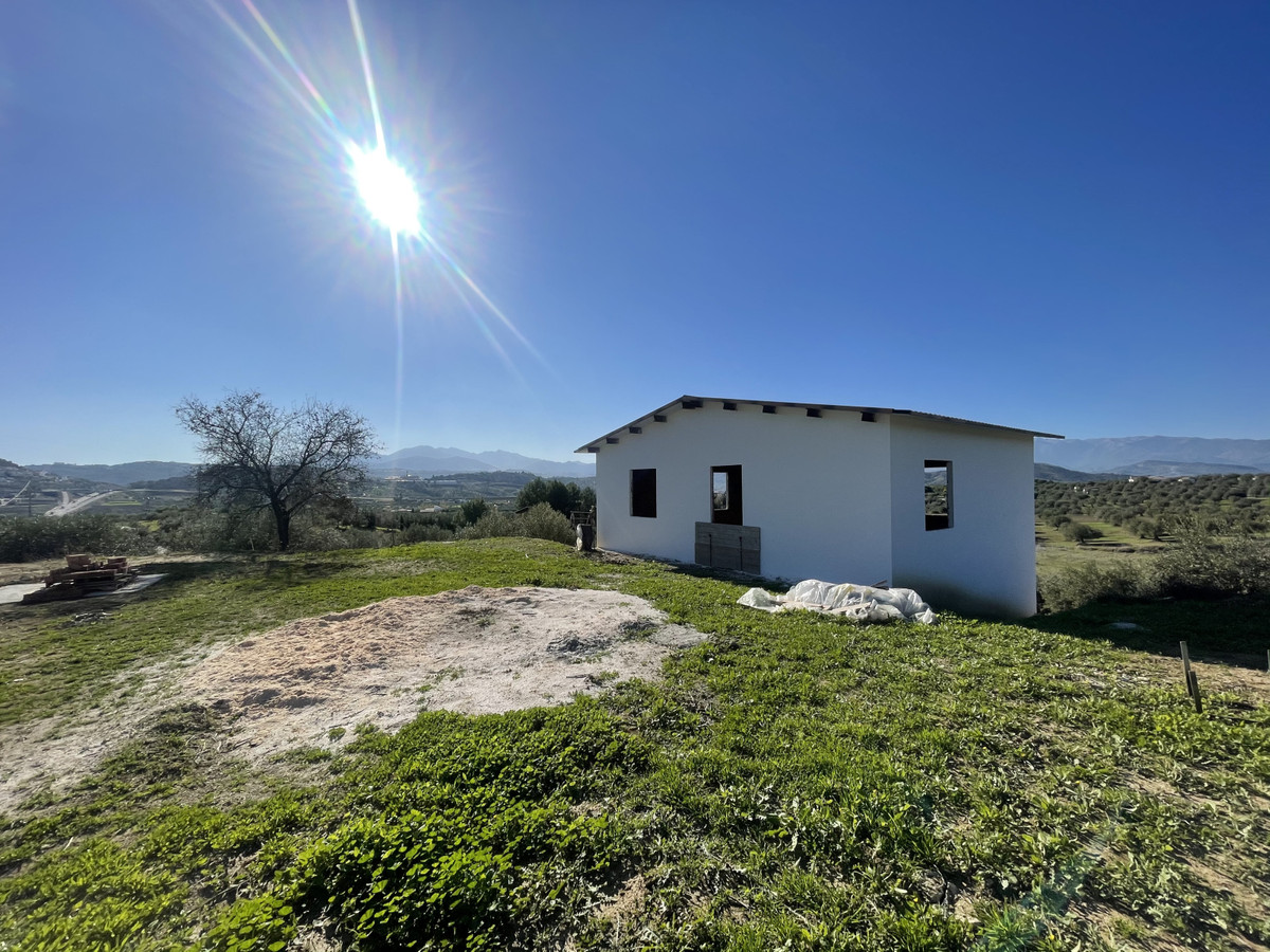 APERO WAREHOUSE AND LAND WITH VIEWS IN COIN  Nice implement warehouse with Rustic plot in Coin with , Spain
