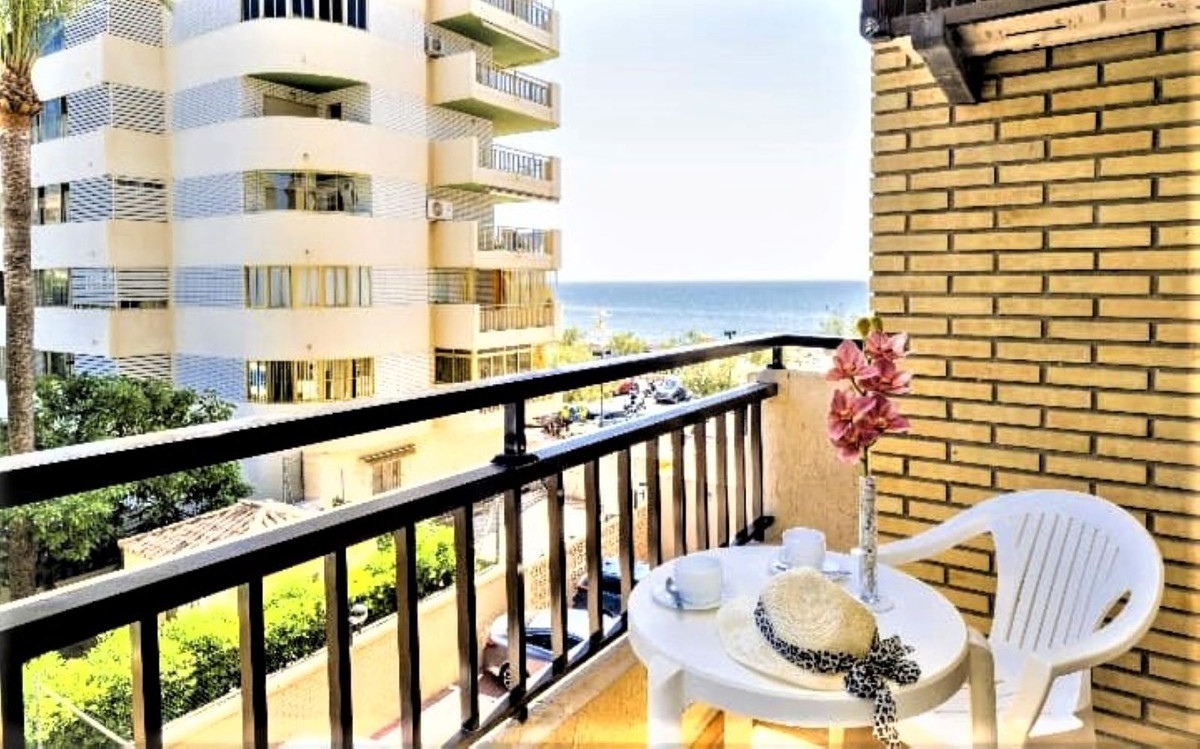 Are you looking for a property to invest or to holiday near the beach? LOOK NO MORE .. This is your ,Spain