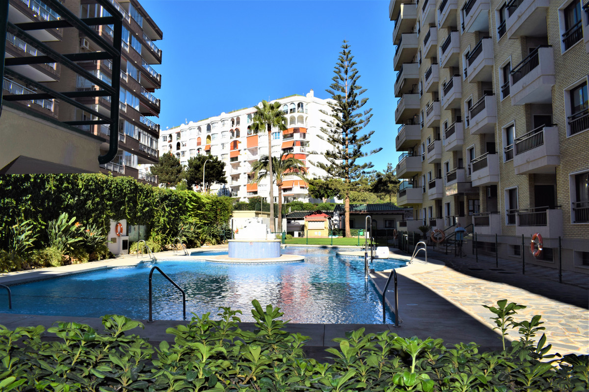 Are you looking for a property to invest or to spend a vacation near the beach? LOOK NO MORE .. This,Spain
