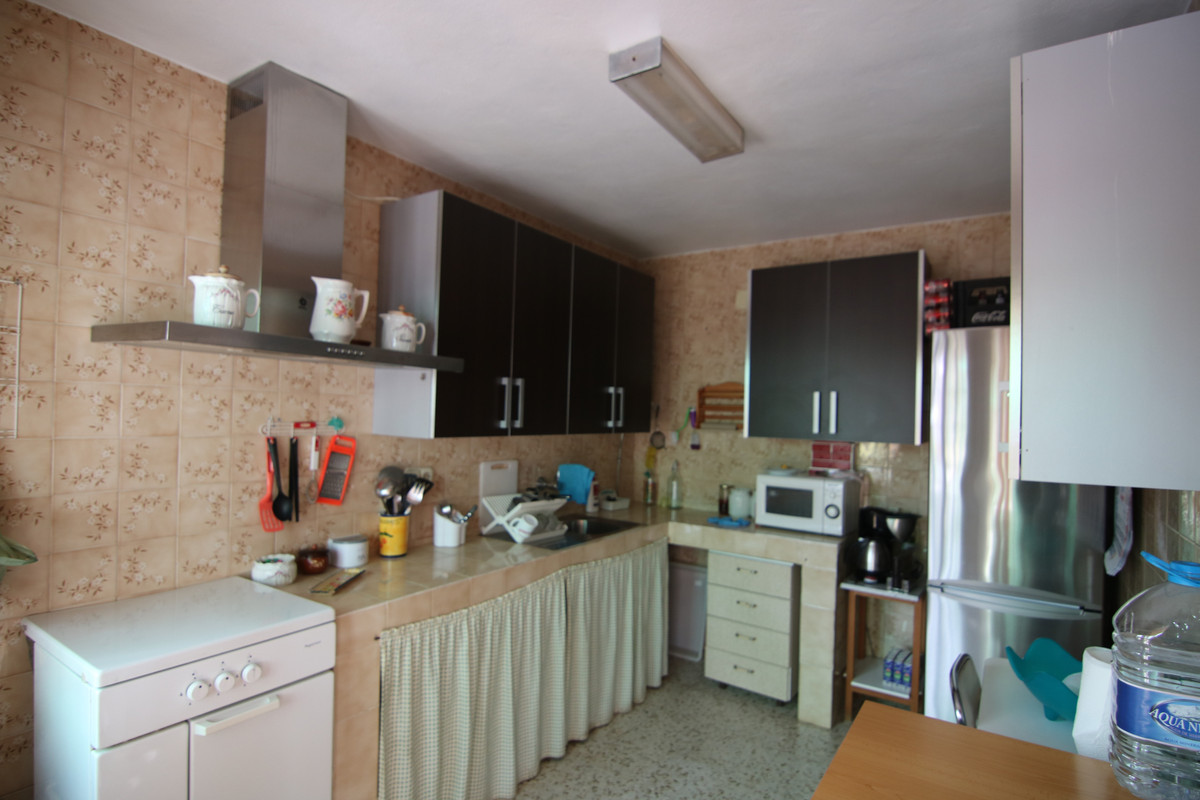 BEAUTIFUL COUNTRY HOUSE IN THE AREA OF SAN ROMAN, WITH LAND OF 12,000 M2 APPROXIMATELY, HOUSE OF 130, Spain