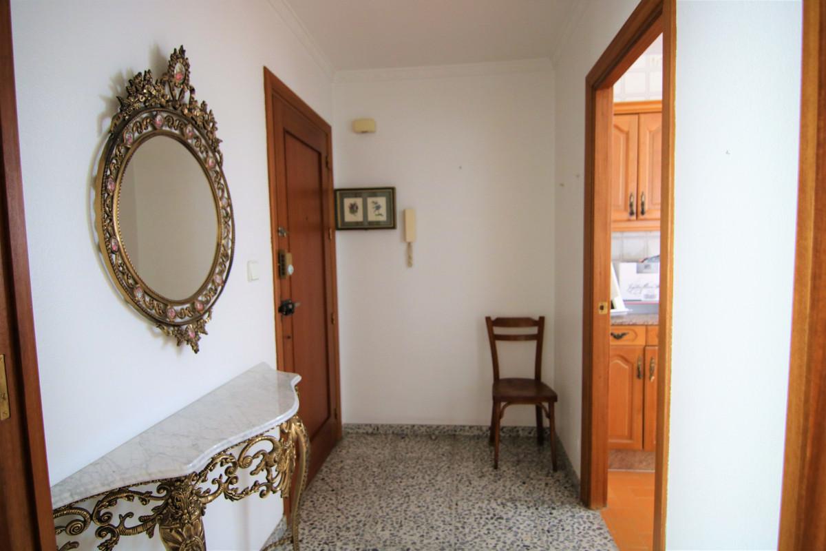 Ground Floor Apartment in Coín