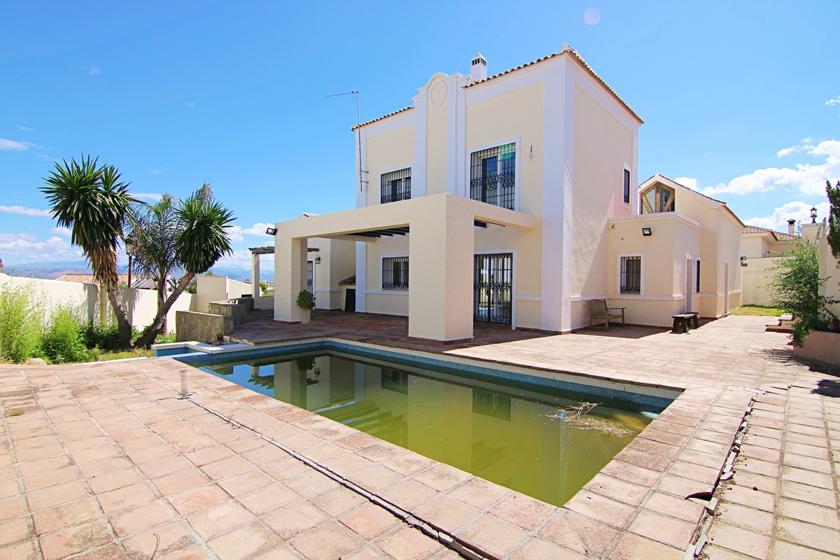This is a very special property with loads of potential. It would make a fabulous family home and al,Spain