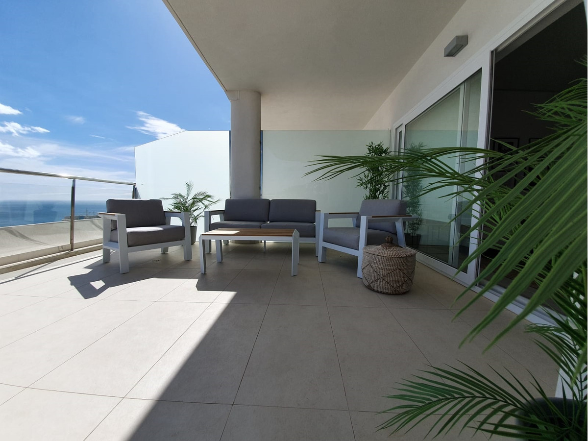 New 2B/2B apartment with panoramic sea and mountain views, located in the heart of Higueron. Close t,Spain