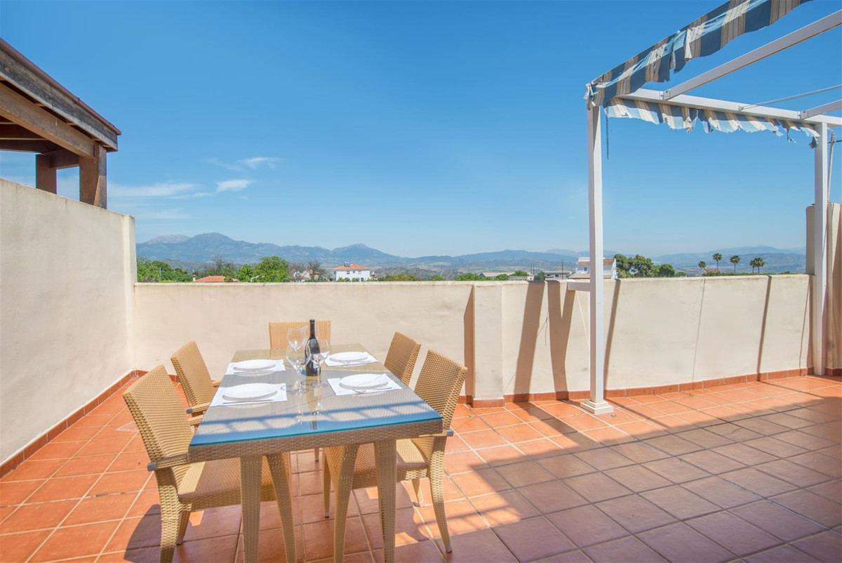 Nice house for sale in very quiet urbanization, approximately 154 m2, consists of 4 bedrooms with fi,Spain