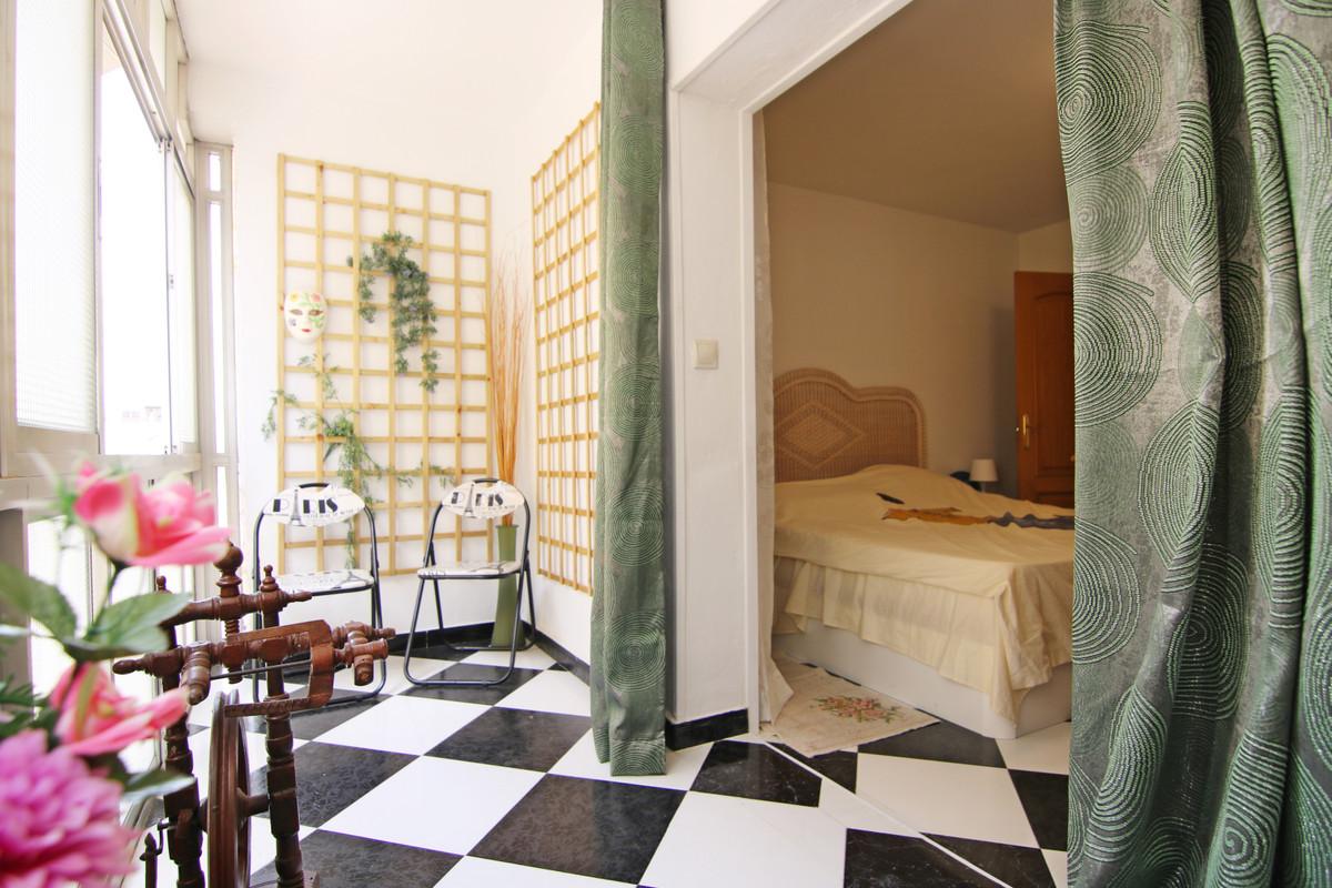 Appartement  Mi-étage en vente   à Coín