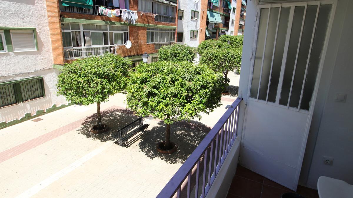 Marbella Banus Apartamento en Venta en Marbella – R3852520