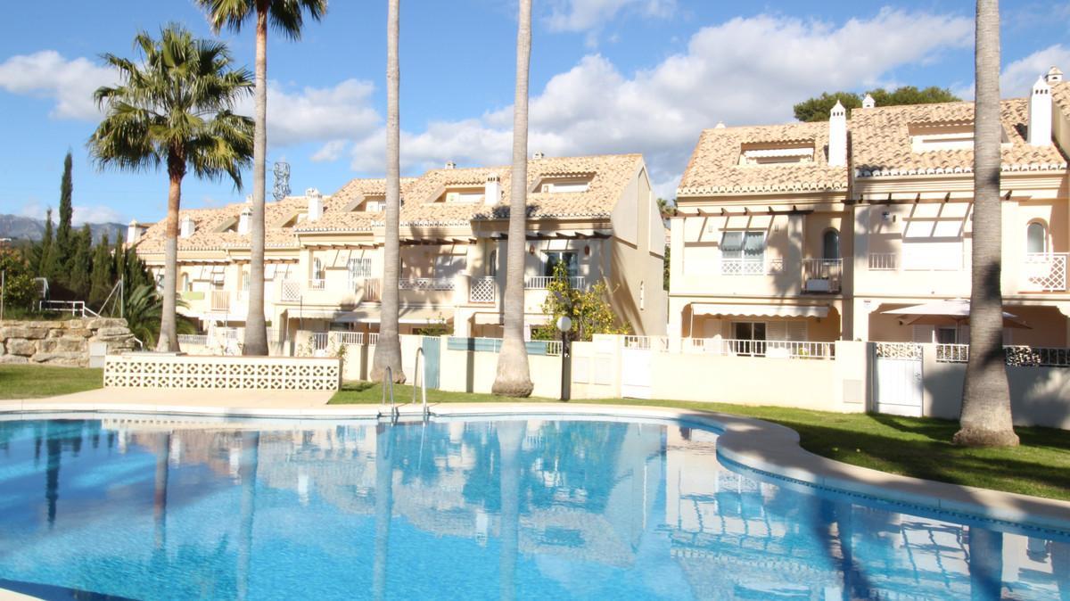 House - Marbella - R3778372 - mibgroup.es