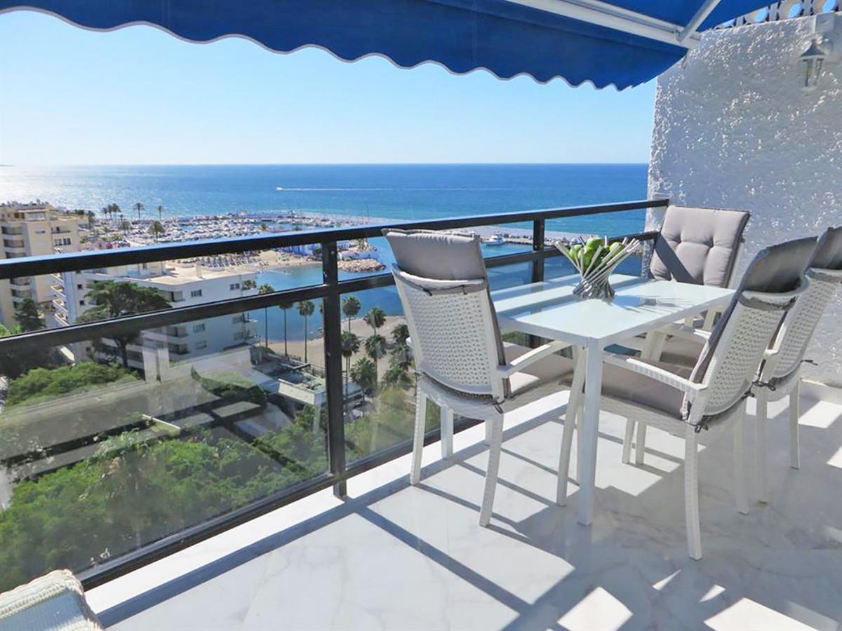 Marbella Banus Apartamento en Planta Última en Venta en Marbella – R2946923