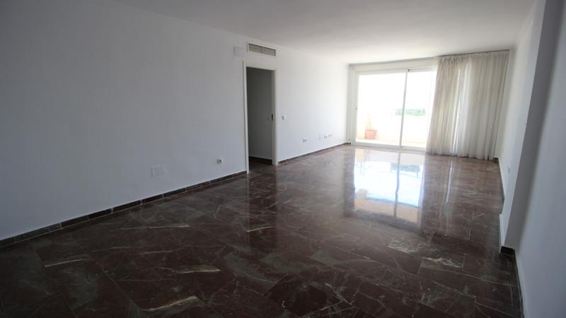 Apartamento en Planta Última en venta en Marbella – R2914967