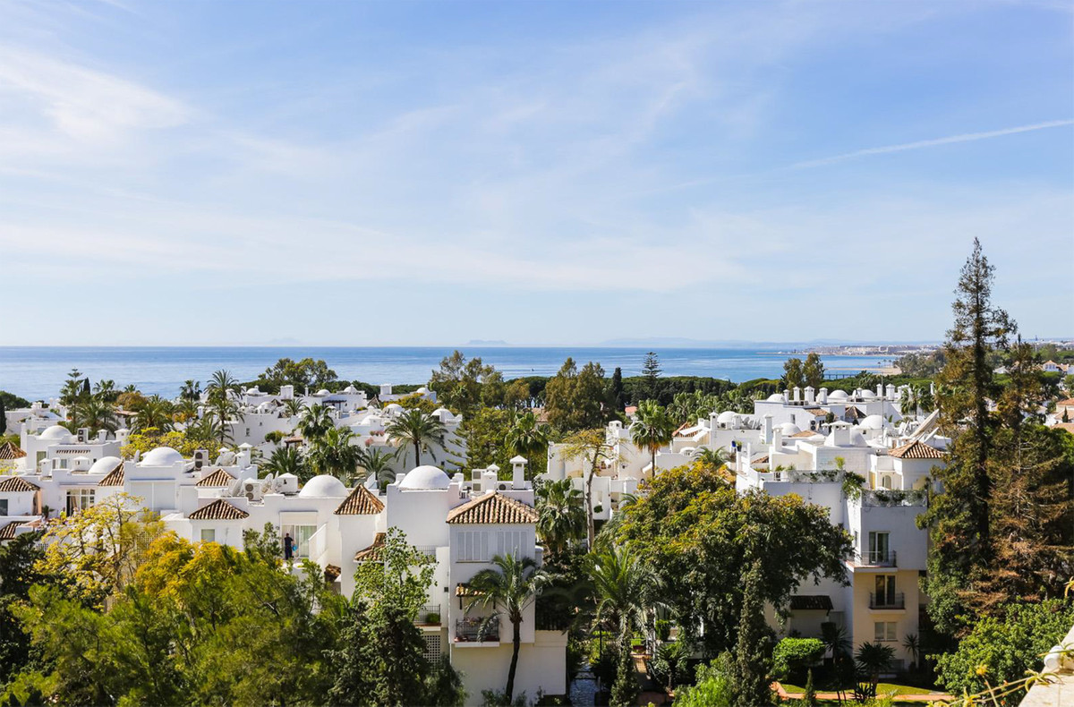 Penthouse in Marbella R3385777