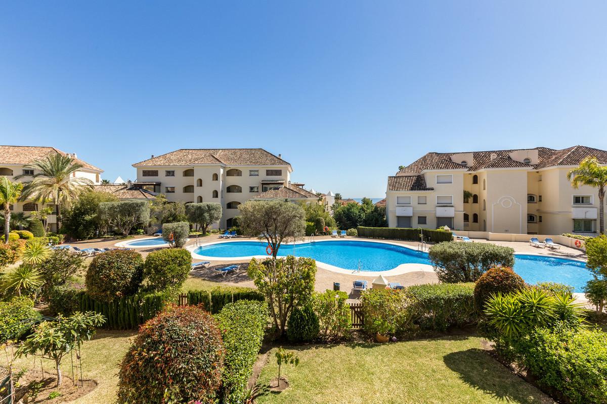 Marbella Banus Apartamento en Venta en Bahía de Marbella – R3426718