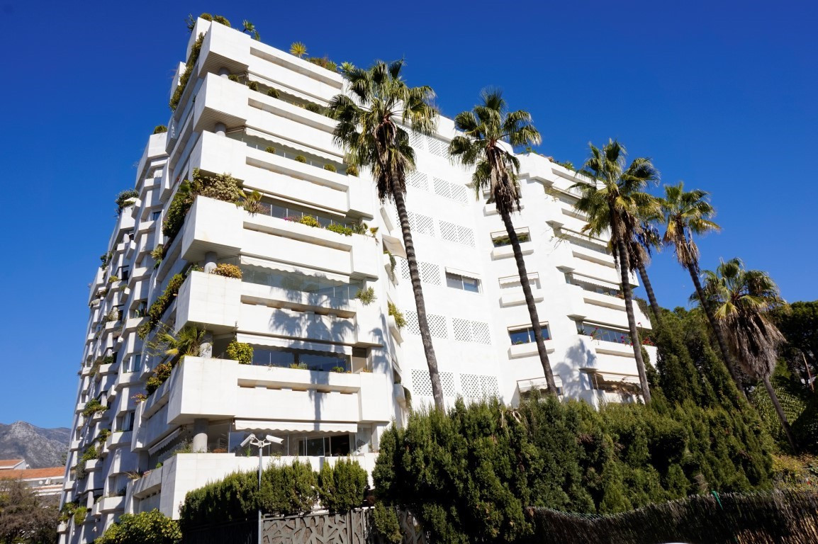 Wonderful apartment located in one of the most desirable areas of Marbella, next to the famous Gran , Spain