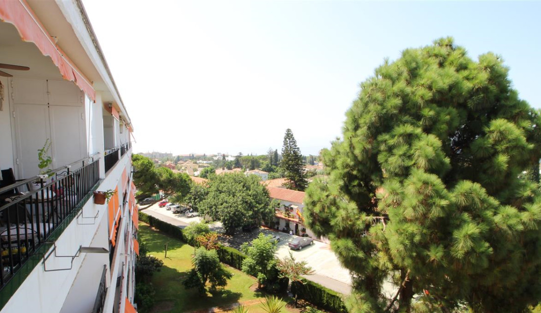 Good investment in Marbella Studio with 30 m², renovated. With sea views from the kitchen window. Id,Spain