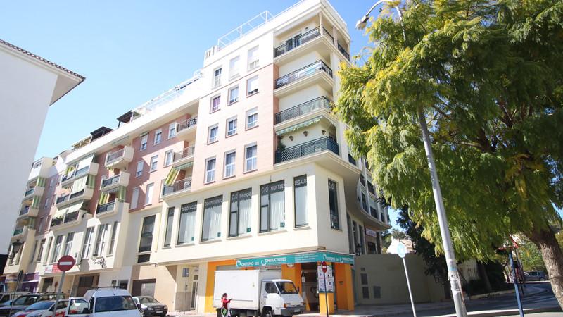 Marbella Banus Apartamento Planta Media, Estepona – R3354277