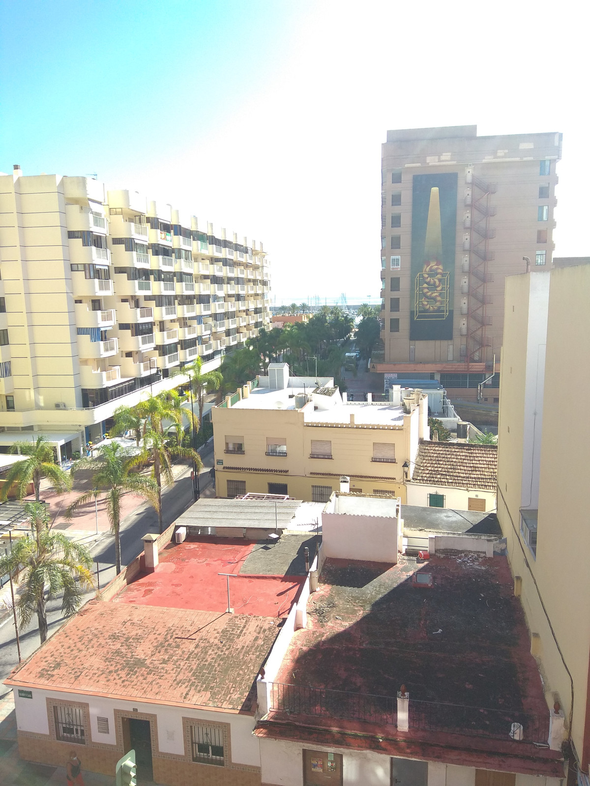 Opportunity!! ON ONE OF FUENGIROLA'S MAIN AVENUES. 5TH FLOOR, SEA AND CITY VIEWS. 2nd BEACH LIN,Spain