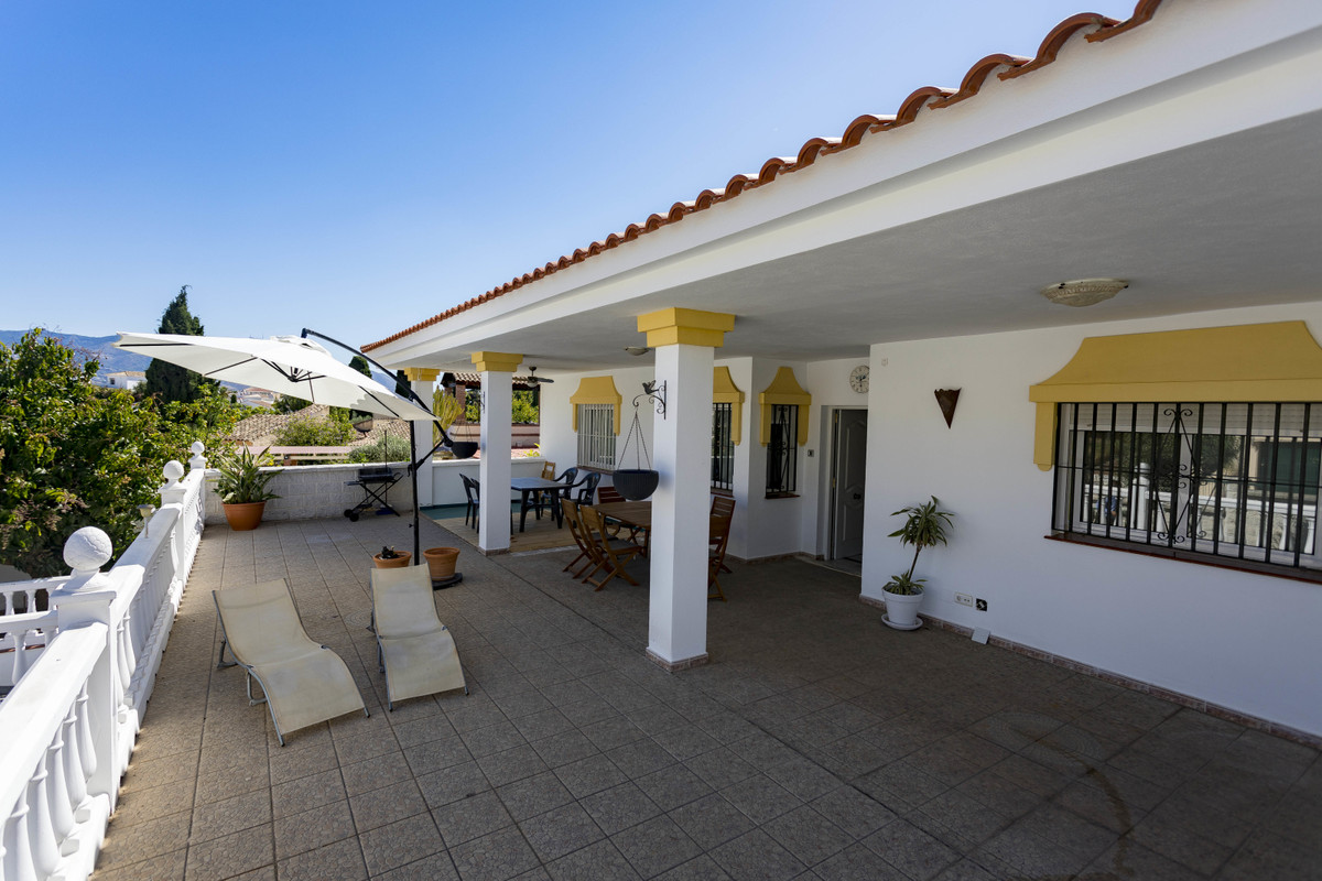 Very charming villa in Cerros de Aguila, Ideal for a family looking for comfort, security and tranqu,Spain