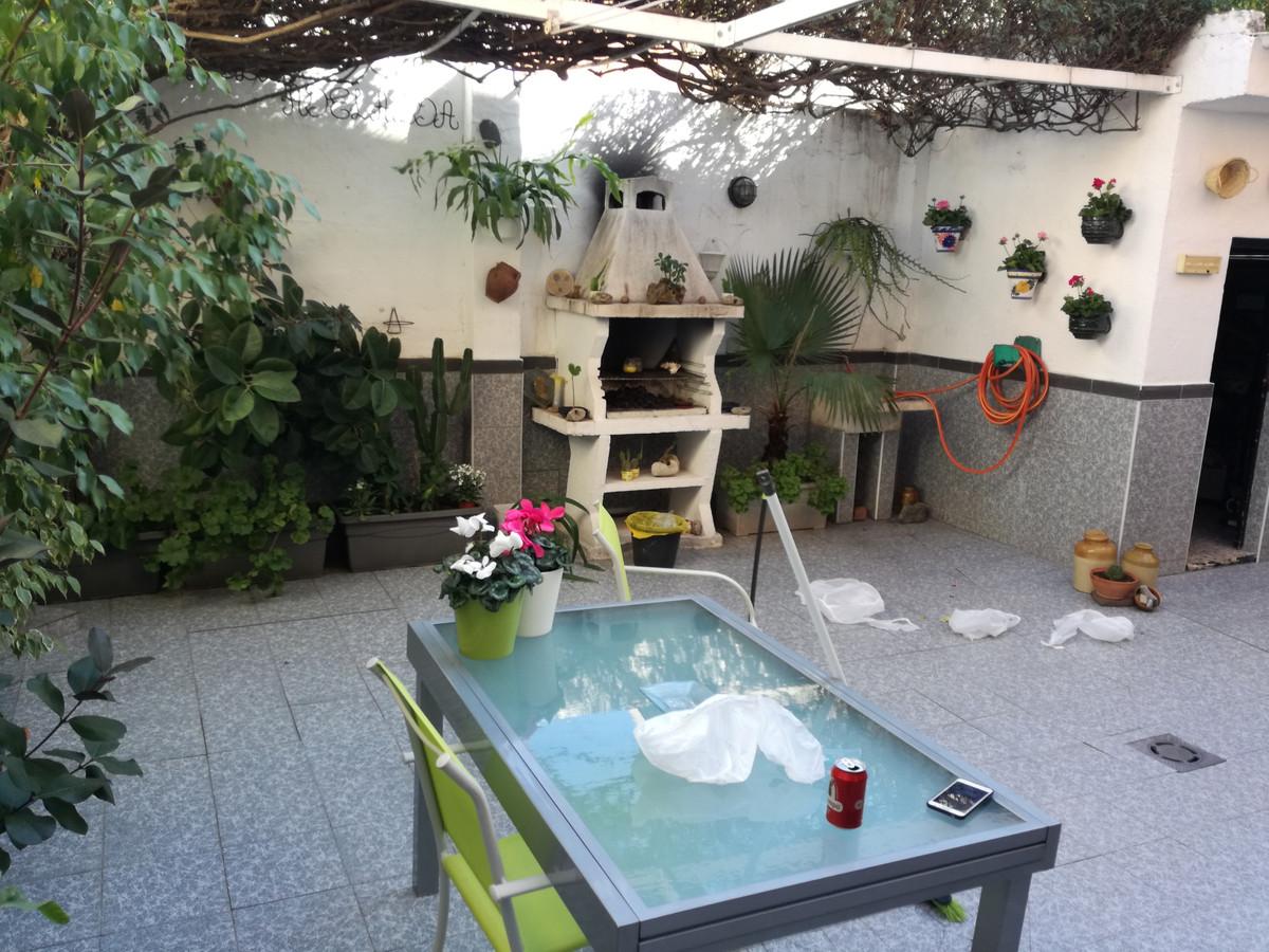 Maison Jumelée  Mitoyenne en vente   à Puerto de la Torre