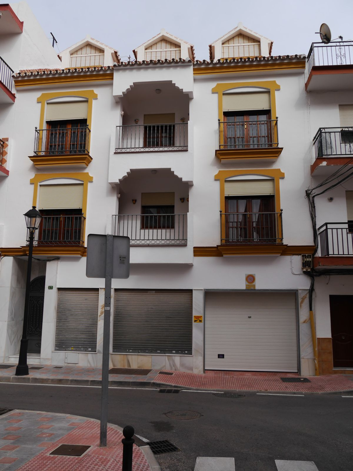 House in Fuengirola R3713543 1