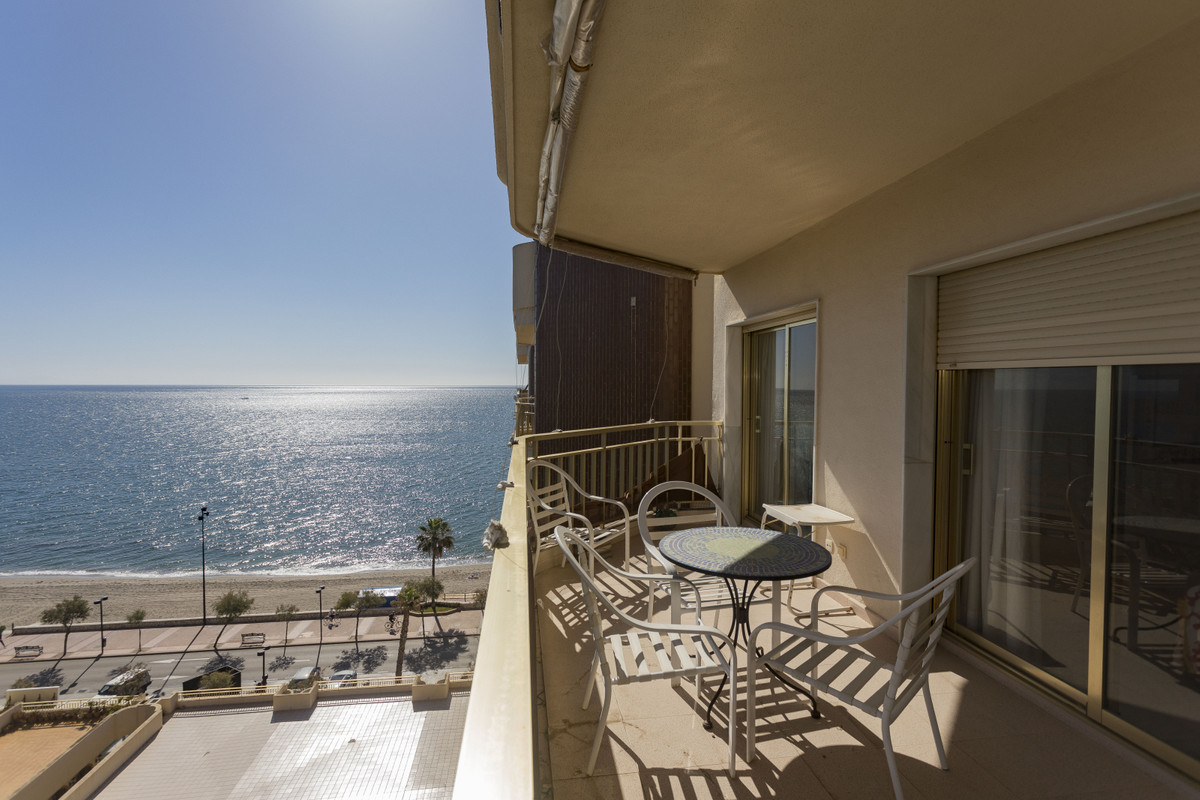 Spectacular home in one of the best Urbanizations on the first line of the beach - Dona Sofia. The s, Spain